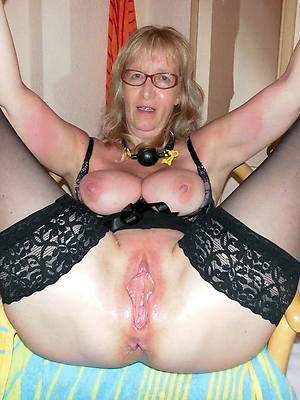 mature brown pussy