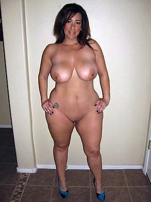 unorthodox porn pics of real mature mom