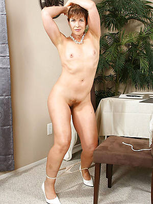 matures with small tits free porn mobile