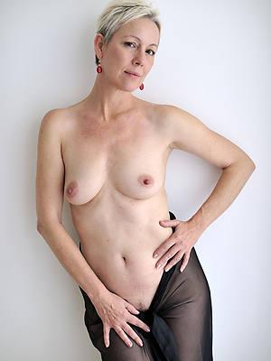 Moms over 40 sex pics