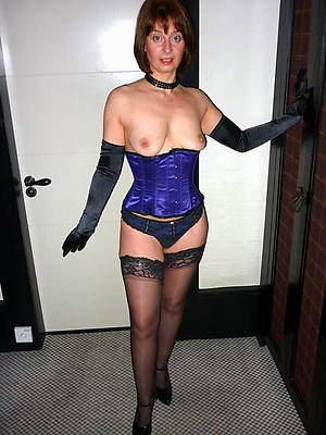 of age stockings heels porno pictures