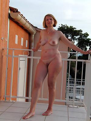 free nude natural mature women pics