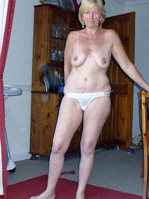 free hd mature ladies in panties