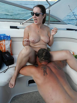 unorthodox porn pics of of age woman eating pussy