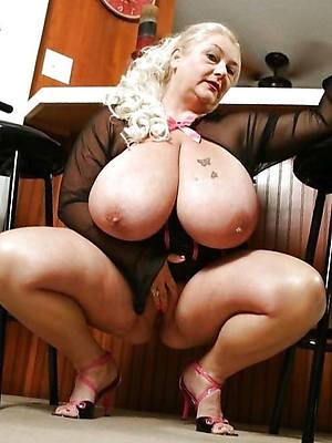 mature mom big tits