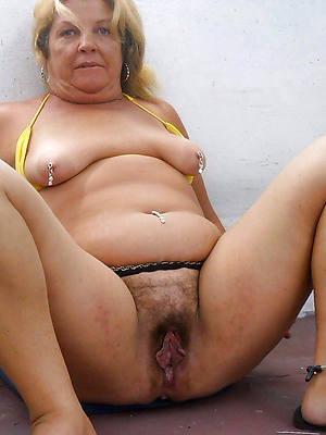 hairy chubby mature porns