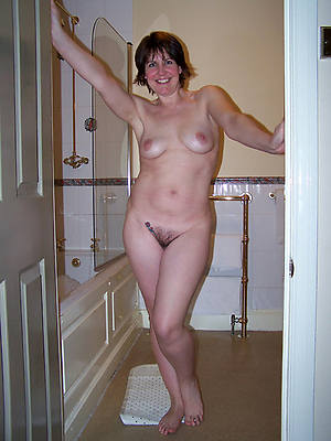 mature amature housewives porno pictures