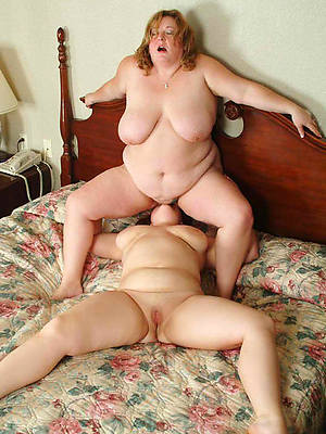 mature lesbian pictures