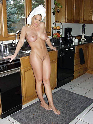 charming essential mature moms xxx pics