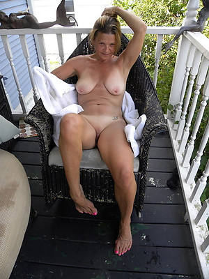 mature amateur ladies porn pic download