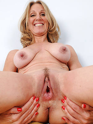 amateur mature cunt high def porn