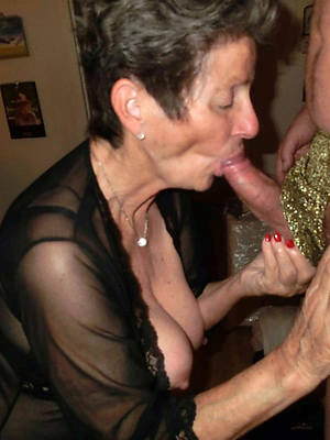 mature granny lady amature full-grown home pics