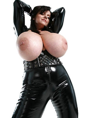 short crawl mature in latex down in the mouth pics