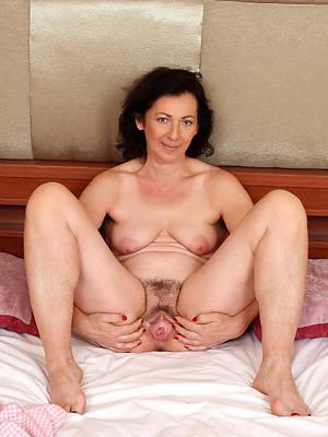 naked comely mature brunette
