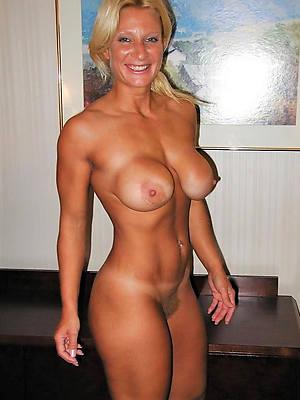 naked hot mature xxx