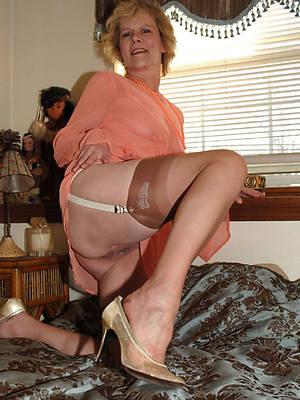 petite age-old woman pics