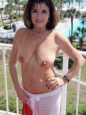 sweet nude sizzling age-old women pics