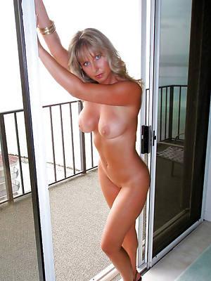 mature nude moms high def porn