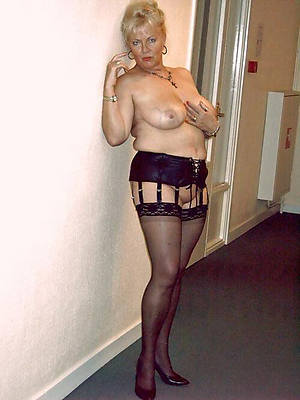 uk matures in stockings pictures