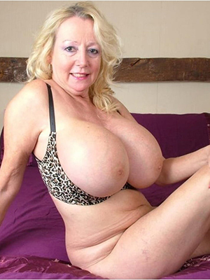 hd perfect mature tits pics