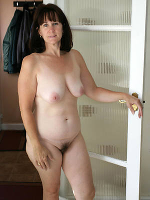 free hd erotic grown-up babes pics
