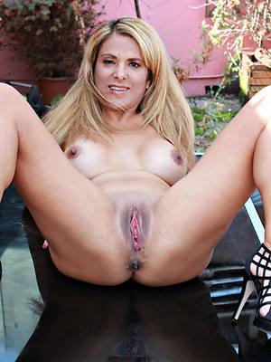 erotic mature in heels nude pics