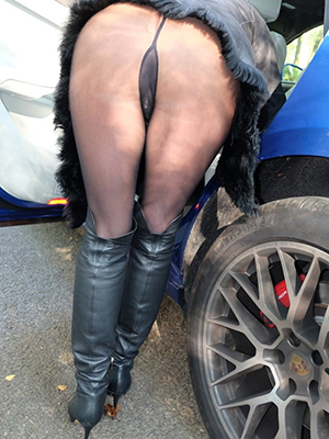 nasty mature wives in nylons