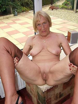 roasting naked grandmothers photos