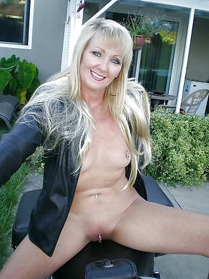 hot sexy undefiled mature ladies