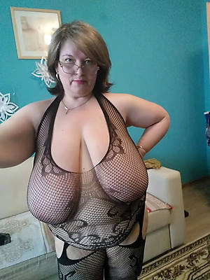 matures with glasses porn pic download