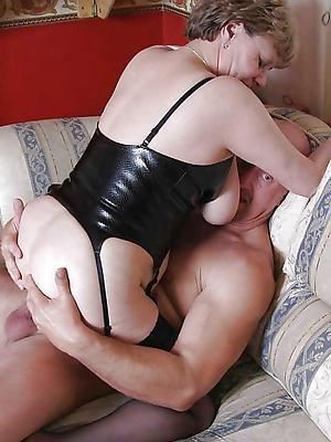 free pics of mature amateur sex