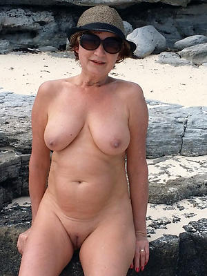 super-sexy shaved mature pussy pics