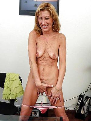 skinny mature slut love porn