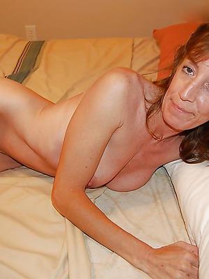 skinny mature sluts posing nude
