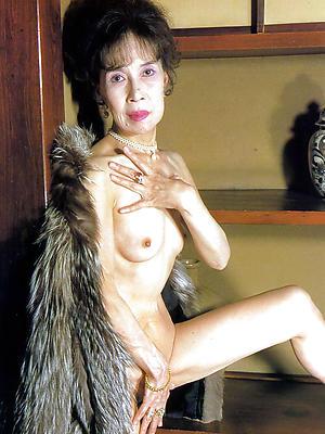 nasty skinny naked mature pics