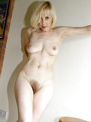 beautiful skinny naked mature