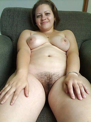 naked pics of white mature women