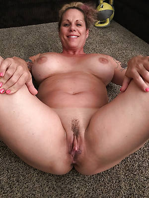 mature white pussy hot photos