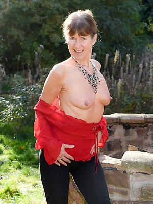 scalding grey naked women porn pics