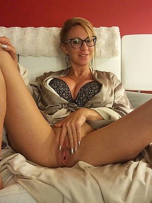 naughty classic full-grown amateur photo