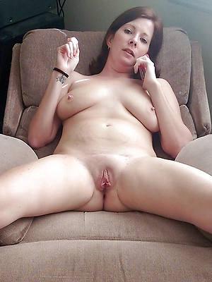 elegant sexy mature nude weman