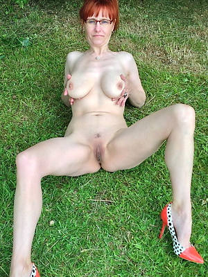 nasty mature redheads bare-ass pictures