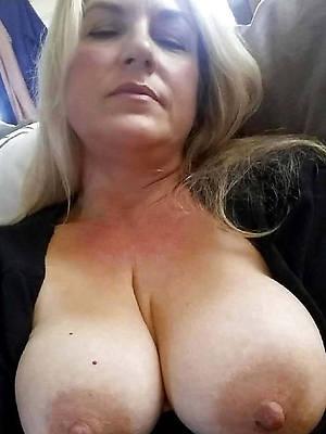 Bohemian pics of mature russian tits