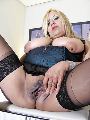 free pics of latina mature pussy