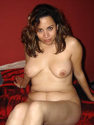 of age latina milf pictures