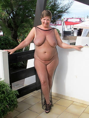free pics of mature thick booty