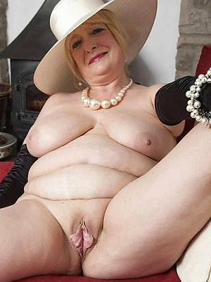 classic mature nudes displaying say no to pussy