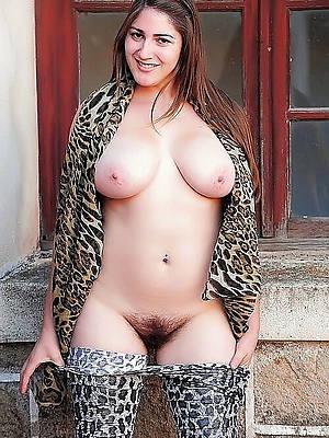 beautiful naked women relinquish 30 pics
