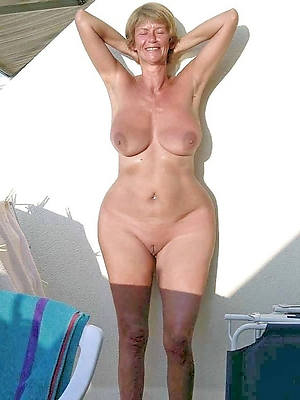 mature women shaved pussy pictures