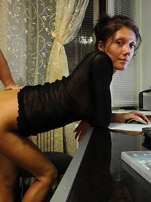 free horny old housewives sex pics
